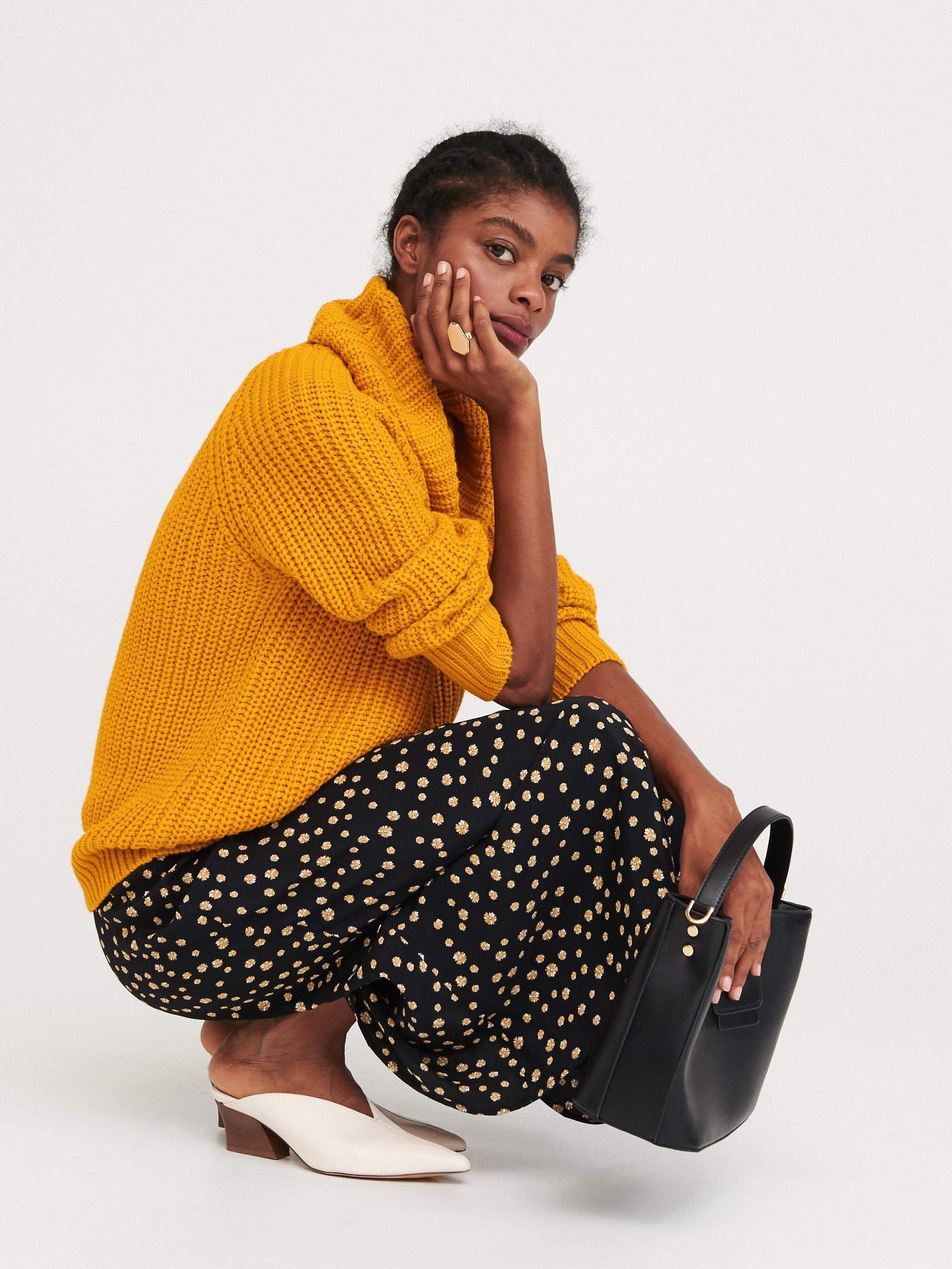 Sweter z obszernym golfem - żółty - WI404-18X - RESERVED - 1