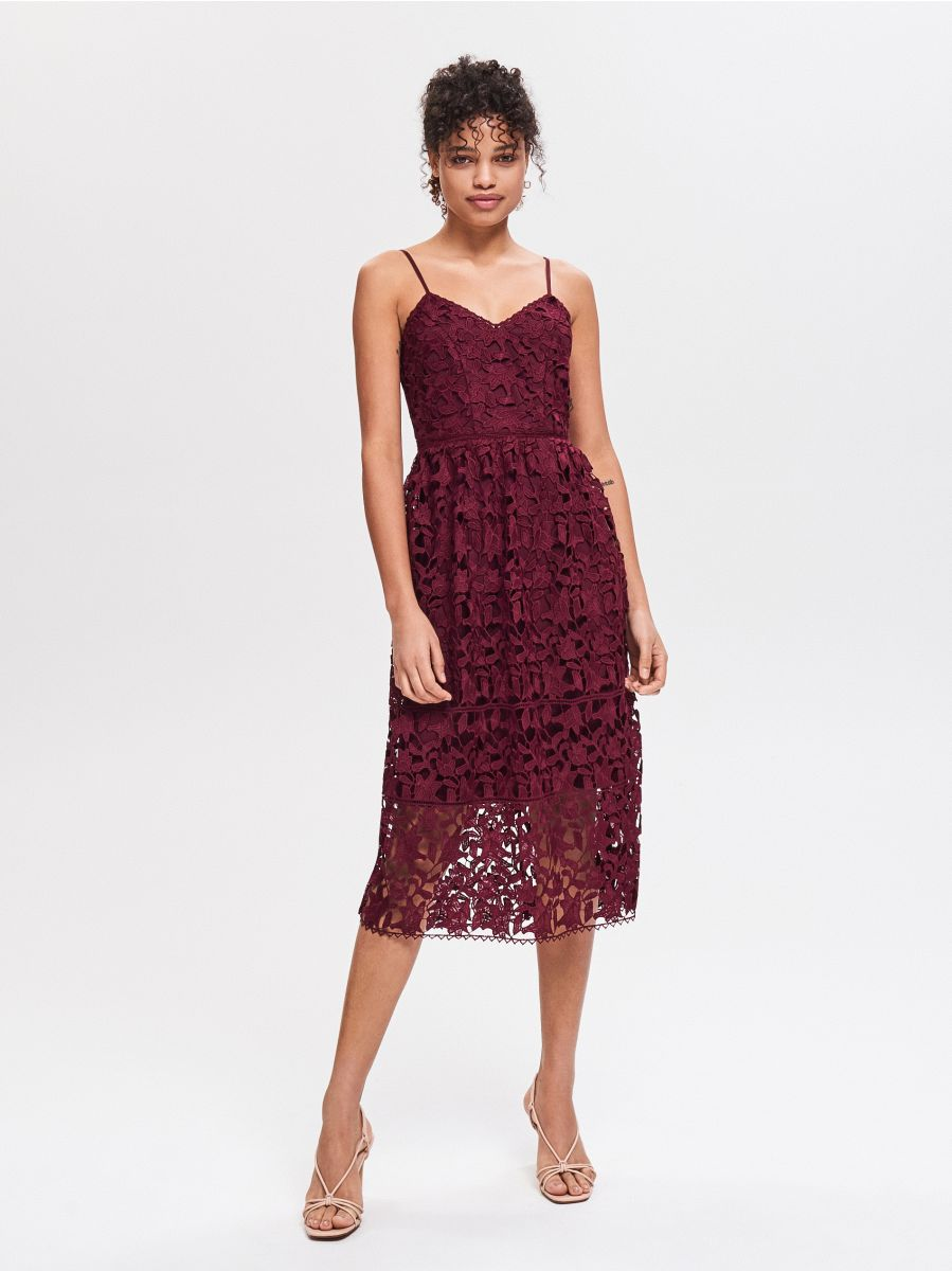 750ff2a46b4 Buy online! Sleeveless lace dress