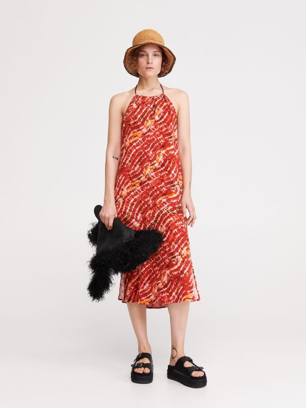 27c49f3000 4 Wzorzysta sukienka z odkrytymi plecami - czerwony - XA808-29X - RESERVED