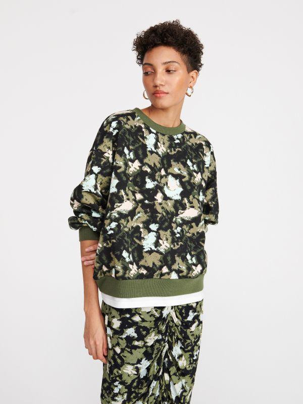 aace14d32e86fd Dzianinowa bluza · Bluza z abstrakcyjnym printem - wielobarwny - XQ247-MLC  - RESERVED